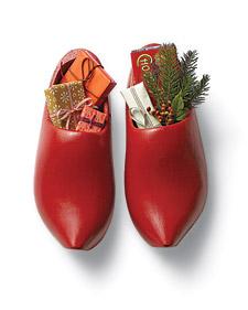 st.-nicholas-shoe-2